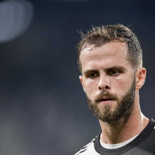 New Barcelona signing Miralem Pjanic tests positive for coronavirus